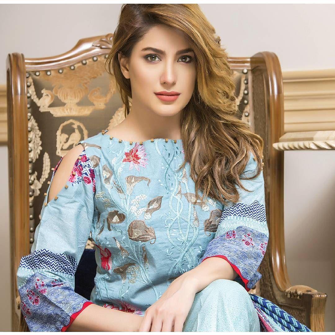 Pakistani Actress Hairstyles: Pin By Imran Tufail On Pmb