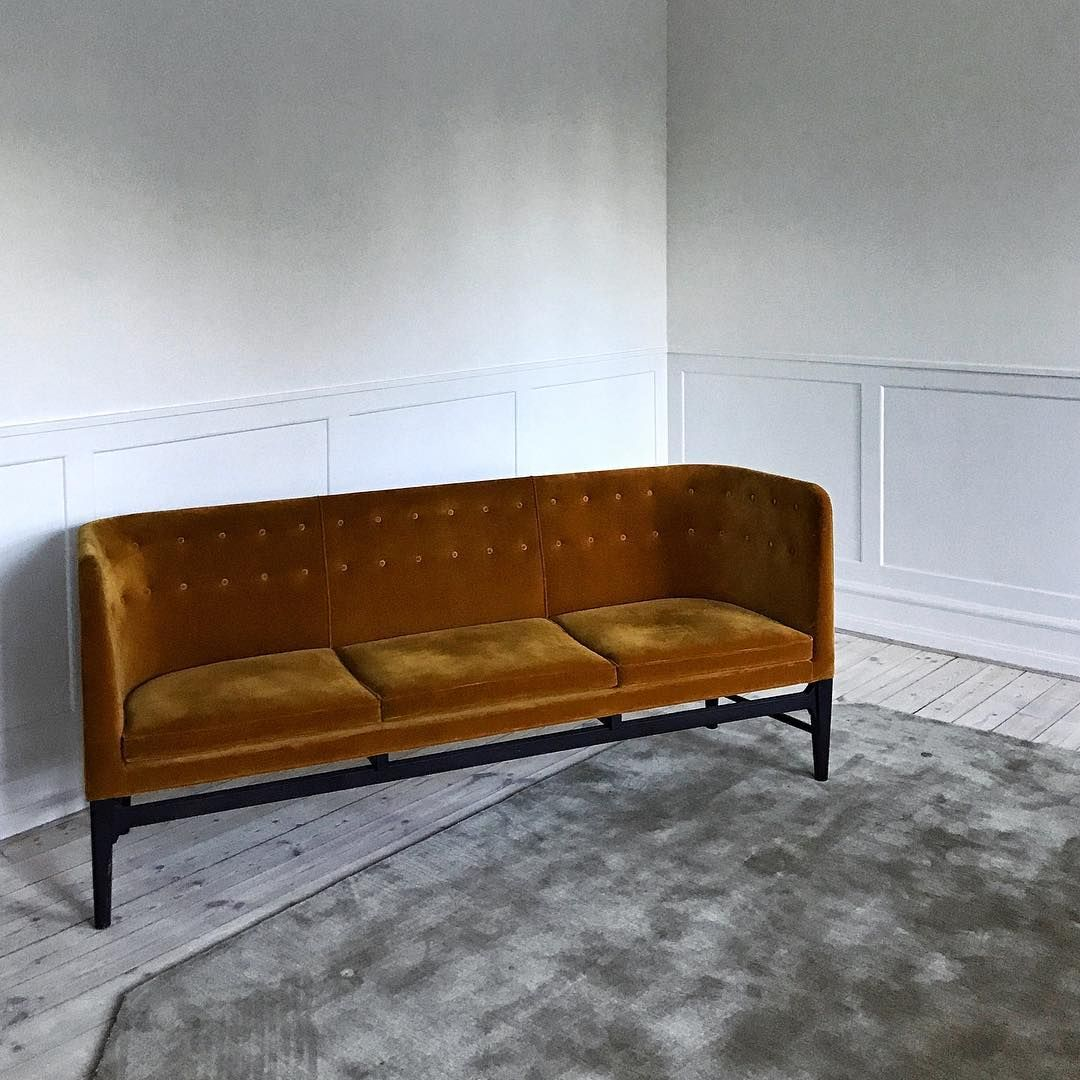 A Perfect Sofa Sofa Couching Arnejacobsen