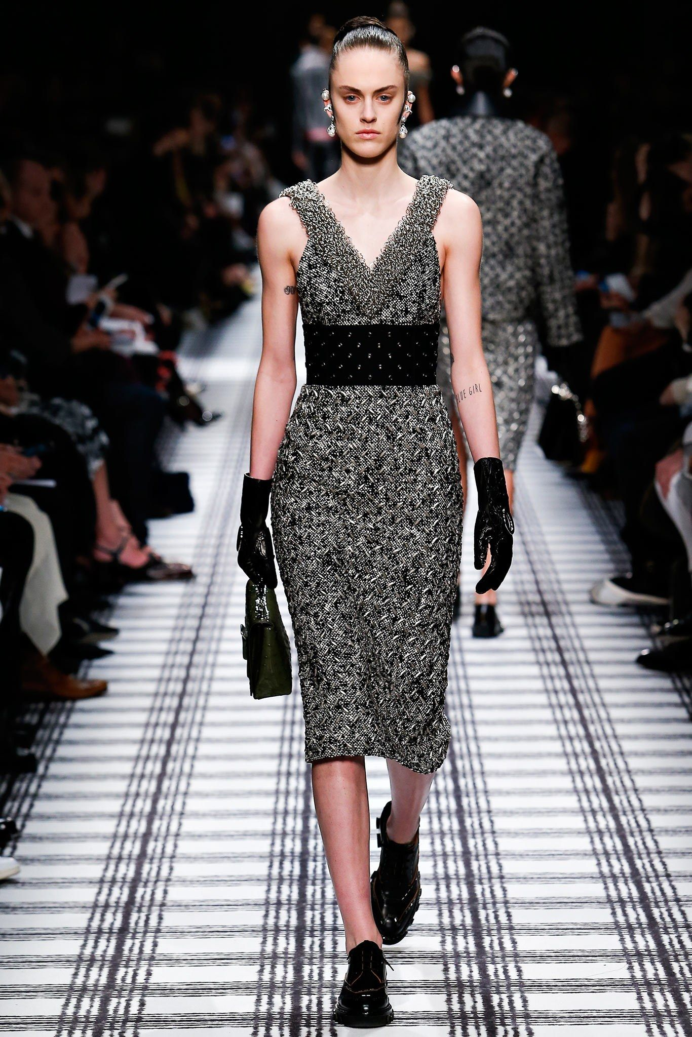 Balenciaga Fall 2015 Ready-to-Wear Fashion Show - Sarah Brannon (OUI)