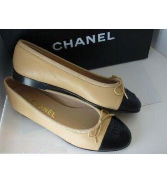 chanel beige noir ballerines   Fashion ❤   Flats, Shoes et Chanel shoes d2a64c233063