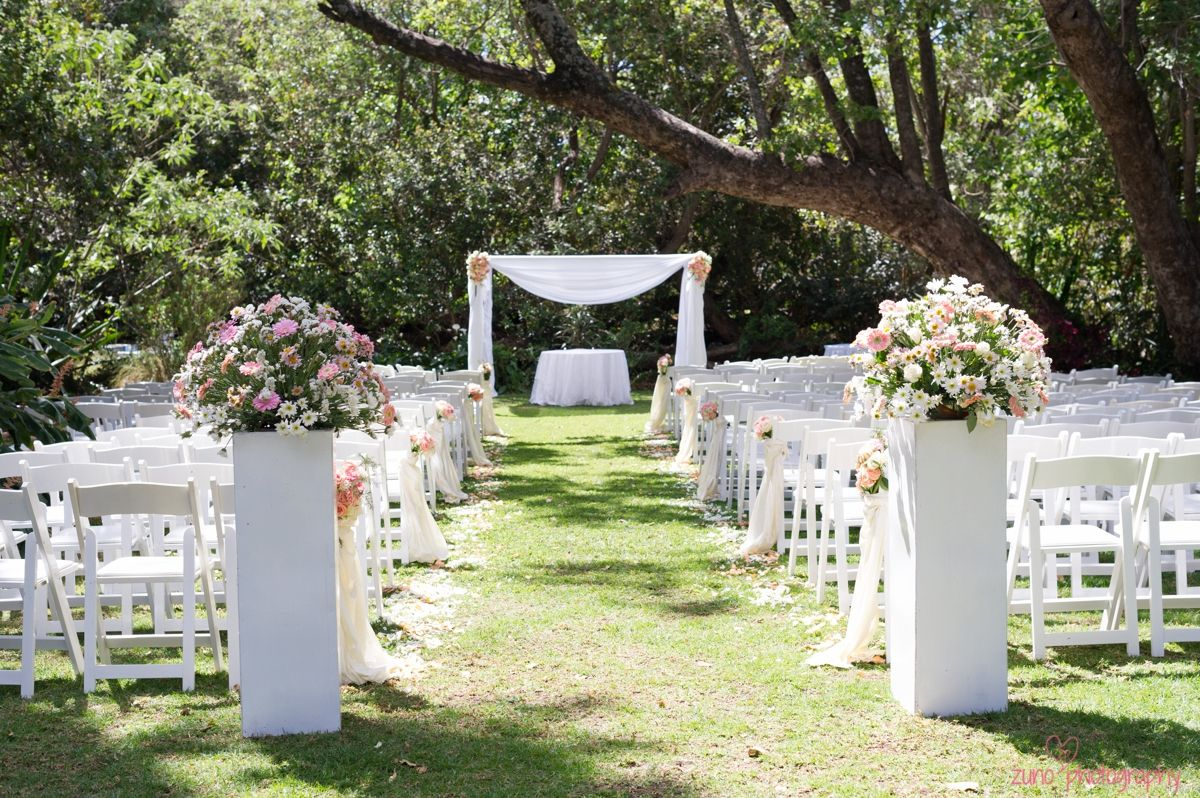 Wedding decor images zimbabwe  Gorgeous outdoor ceremony Respina  Faraius Zimbabwe Destination