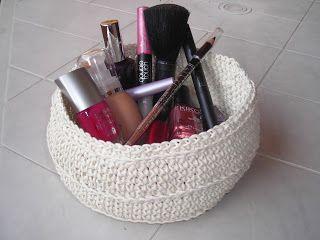 nuvoledilana & fioridicotone: Un cestino per il make up