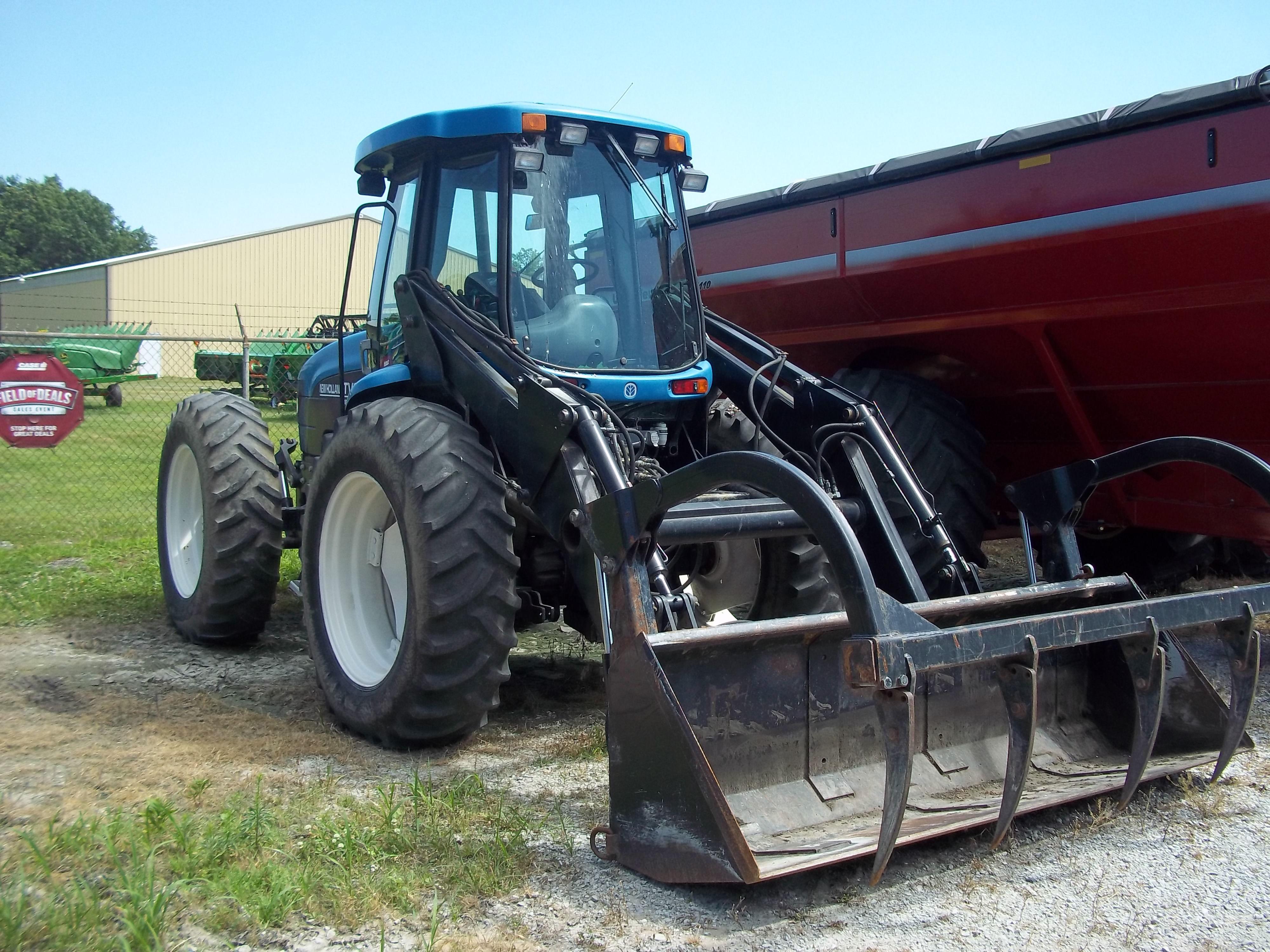 New Holland Tv6070 New Holland Tractor New Holland Agriculture