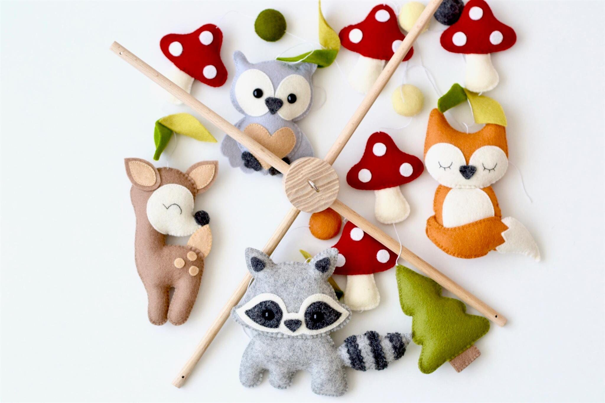Baby Mobile Waldtiere. Baby mobile, Baby-Dusche-Geschenk, neue Baby-Geschenk, Filz Tiere Spielzeug, Baby mobile Wald, Wald mobile