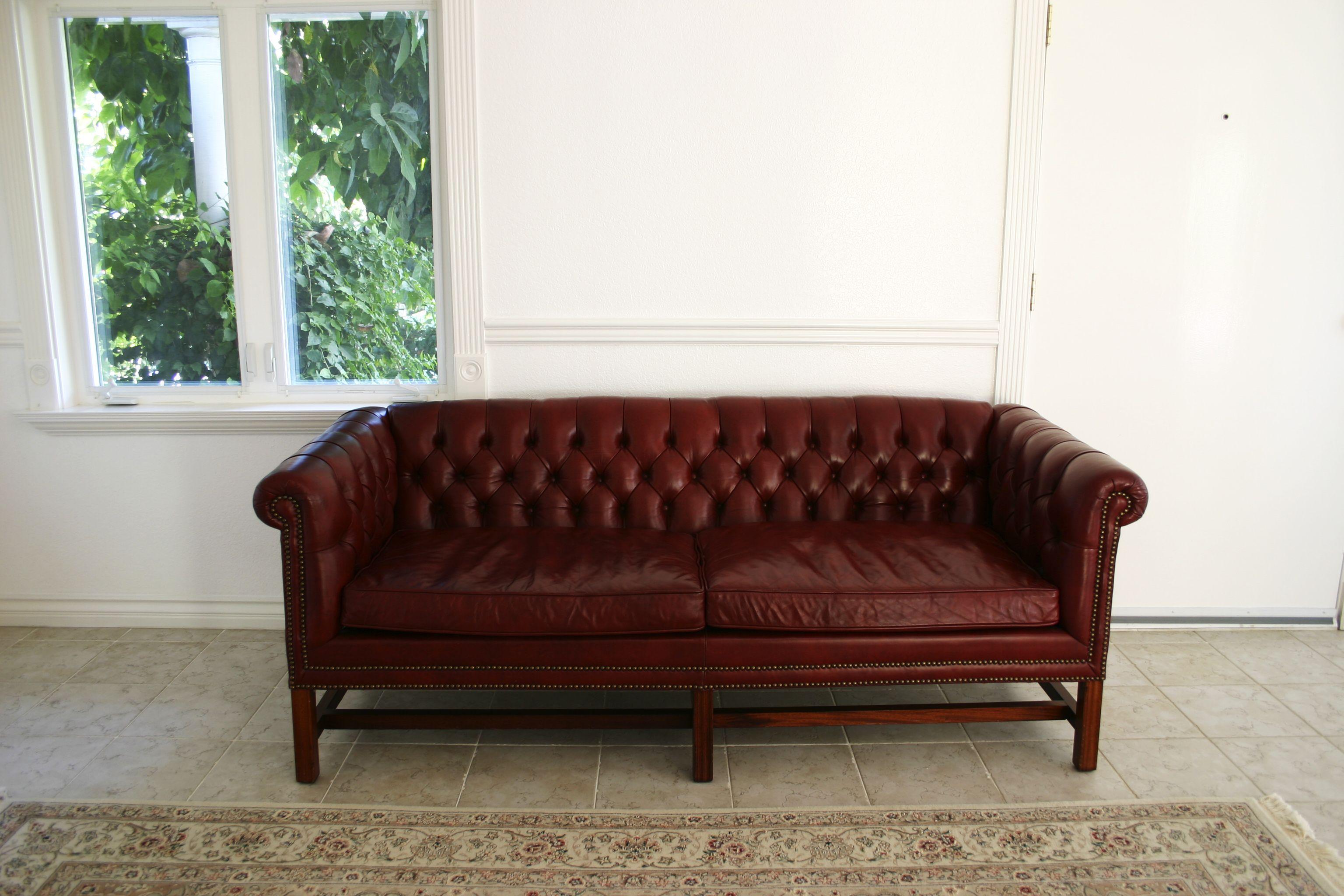 Sofa in coffee shop google search arquitetura pinterest