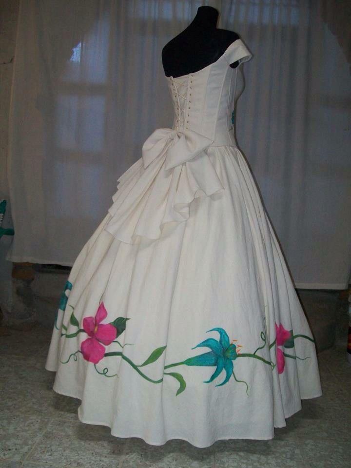 185077f3b3 Vestidos de XV Años pintado a Mano Diseñadora  Anel Granados Flores Posted  by  Aide Granados Flores