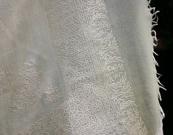Vintage Cream Cashmere Shawl with Kashmiri embroidery
