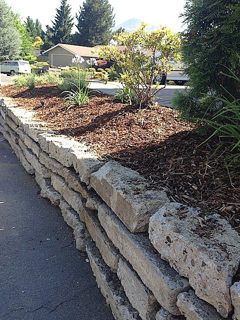 Diy Broken Concrete Project For Flower Bed Reluctant 400 x 300