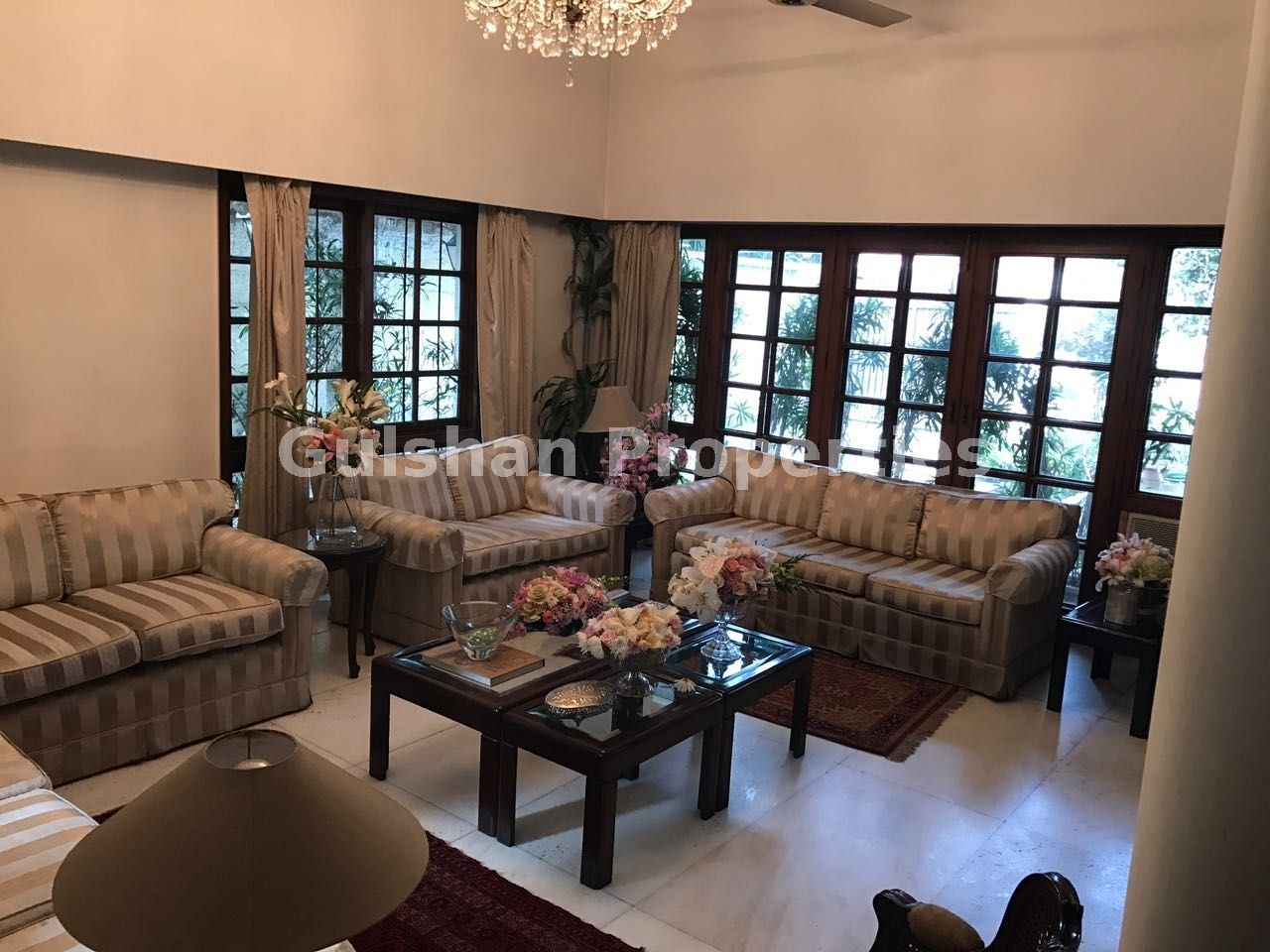 Commercial Space For Rent Location Lajpat Nagar IV New Delhi Floor Ground 700000 PM Super Area 4000 Sqft
