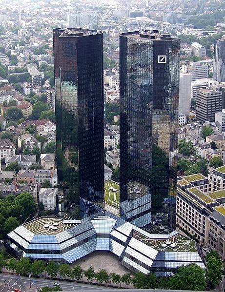 Deutsche Bank To Axe 18 000 Jobs News Dw 07 07 2019
