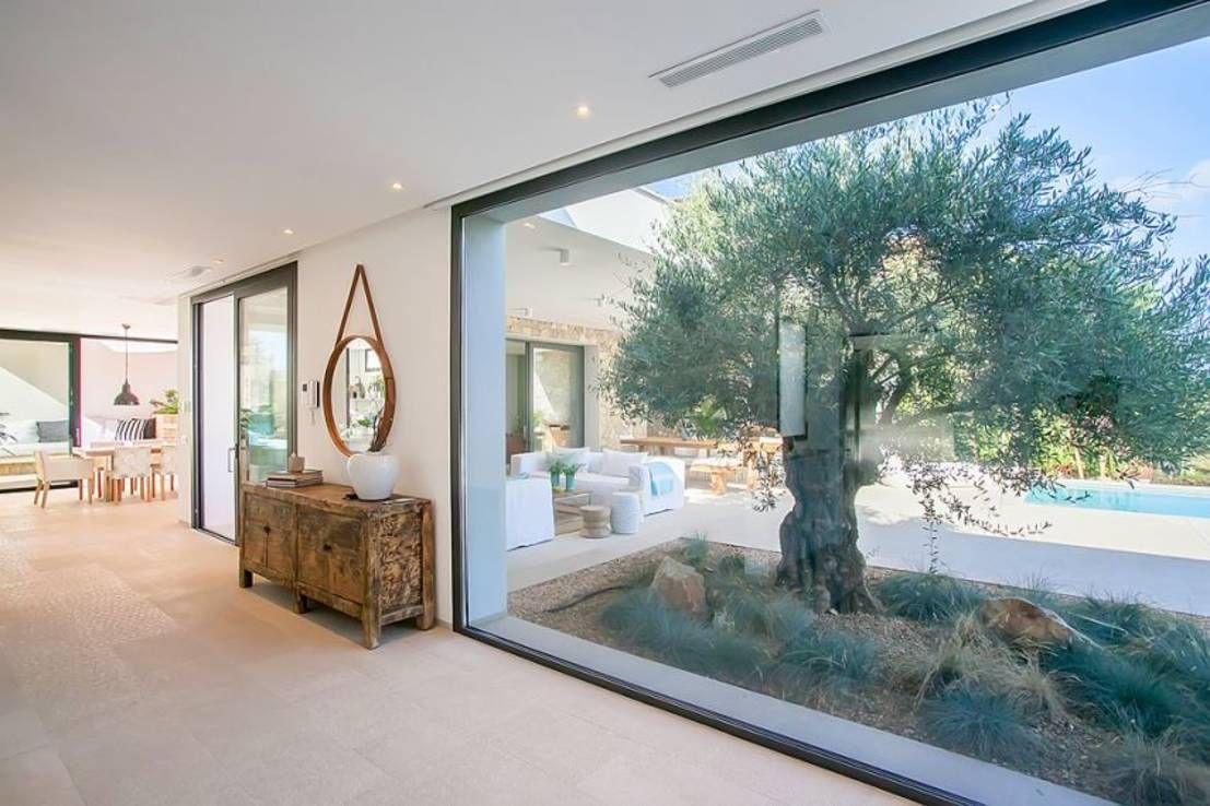 VIVIENDA  Puertas y ventanas de estilo minimalista de ABAD Y COTONER SL  T12