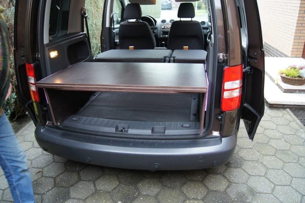 selbstbau bett f r vw caddy caddyausbau. Black Bedroom Furniture Sets. Home Design Ideas