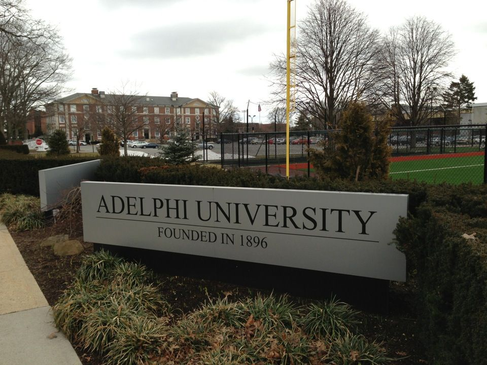Adelphi University Garden City Campus In Garden City Ny