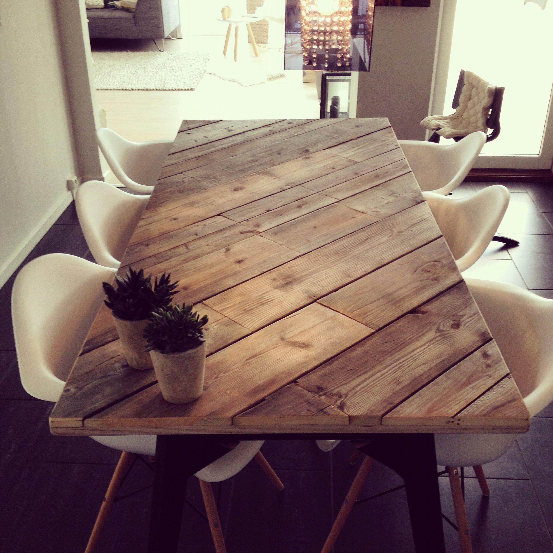 Diagonal Table Reclaimed Wood Diy Dining Table Diy Dining Decor