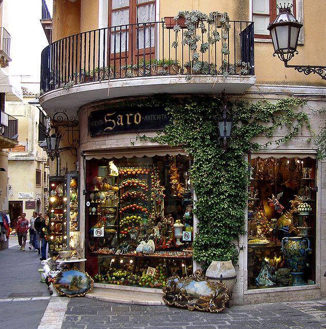 Saro store in Taormina, Italy