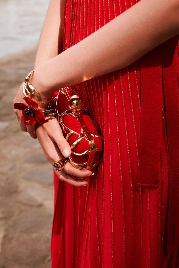 #мода #коллекцияодежды #платья2019 #весна2019 #eliesaab # ...