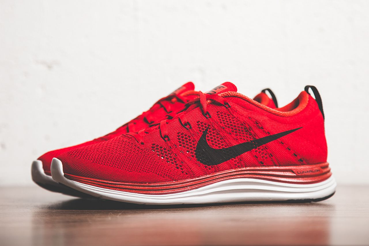 Nike Flyknit Lunar1 Gym Red Black Pure Platinum Red Nike