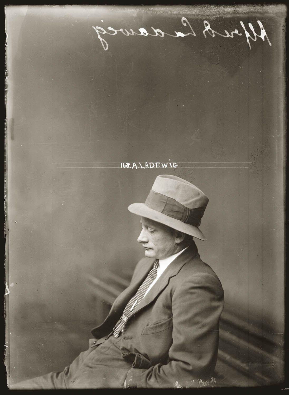 public-domain-images-vintage-mugshots-1920s-nswpd-0041