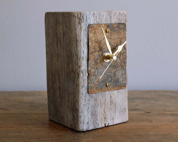 Small Driftwood And Rusty Beach Metal Desk Clock Rustic Mantel Clock Rustic Mantel Metal Desks Clock
