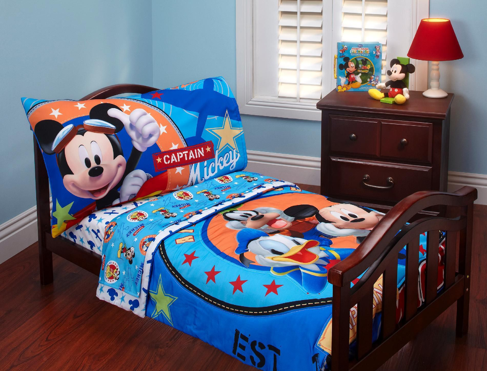 Mickey Mouse Clubhouse Toddler Bedding
