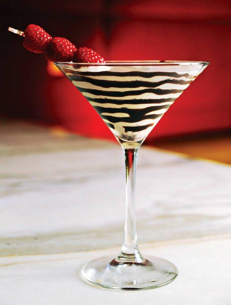 Chocolate Temptation Martini - 7 Romantic Valentine's Day Cocktail ...