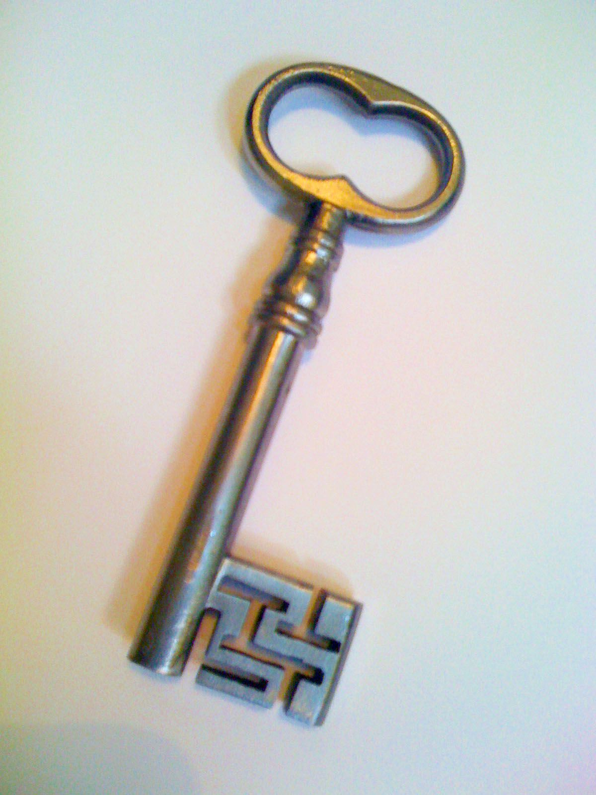One Of Our Hand Made Keys To An Old Sea Chest Standfast Security Margate Kent Old Keys Skeleton Key Lock Key