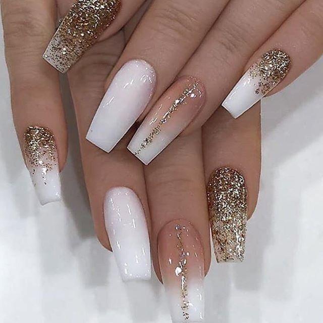 24 Great Winter Gold Glitter Nail Arts For Career Women Women Style 2020 Gold Glitter Nails Gold Acrylic Nails Gold Nails
