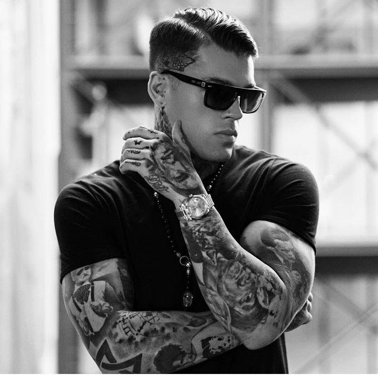 Model Stephen James for Skull Rider Inc.