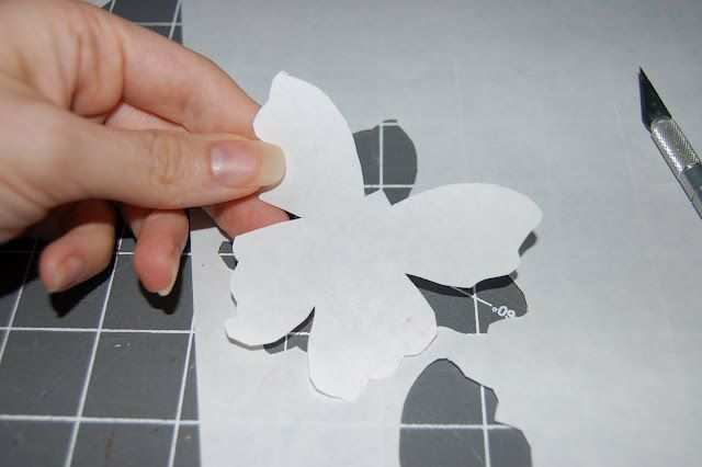 Scattered Thoughts of a Crafty Mom: Fabric Painting with Freezer Paper Stencils
