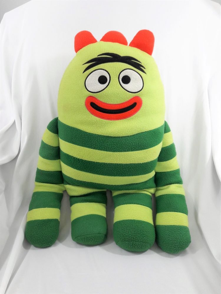 Yo Gabba Gabba Brobee Fleece Cuddle Pillow Green Large