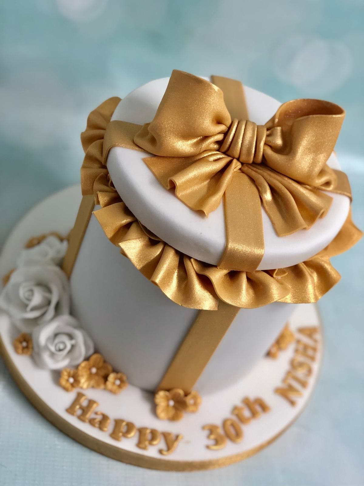 Gold white bow gift box birthday cake (With images) Gift