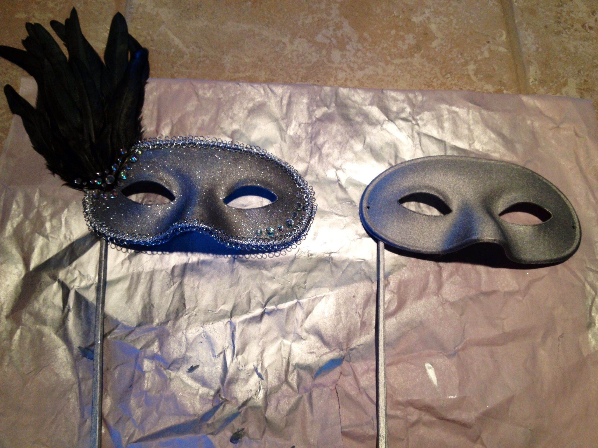 White Masks To Decorate Diy Masquerade Maskplain White Mask Spray Paint Silver Silver