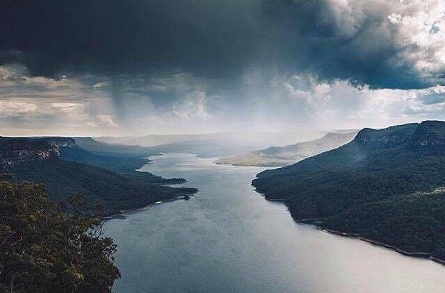 Reposting @moodyysue: Reposting @thelookoutechopoint: These recent storms have made for some incredible photographs. [photo credit @liamtfoster] #bluemountains #australia #instadaily #storm  #summerrain  #instagood #photooftheday #love #potd #threesisters