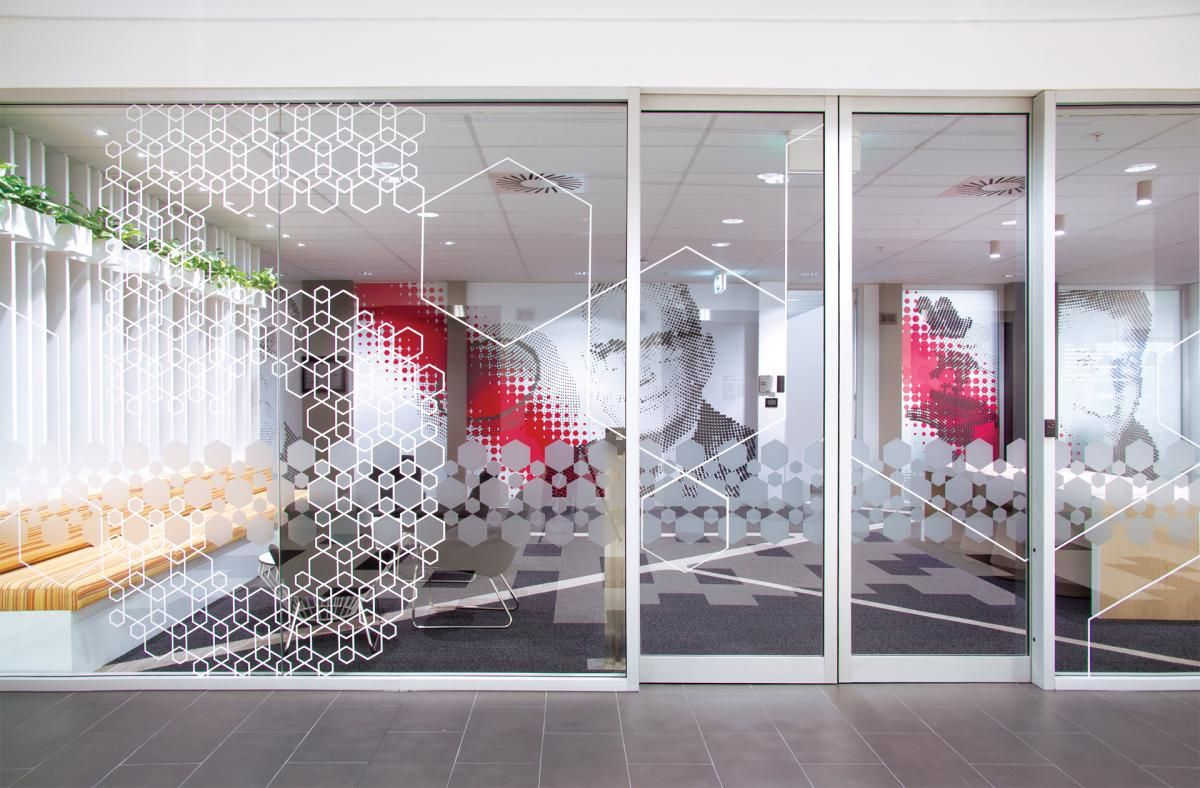 Office tour 3m australia s creatively branded for Window design graphics