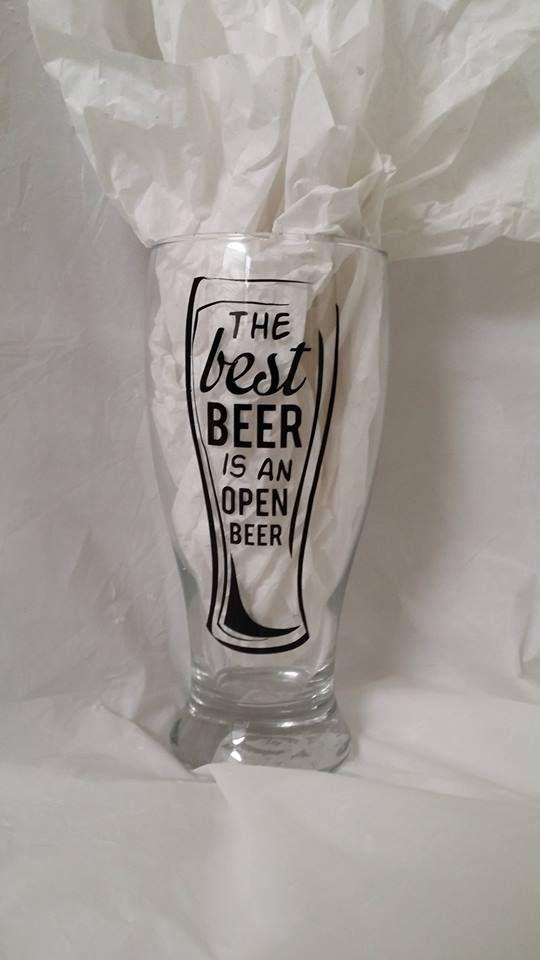 Beer Mug With Quot Best Beer Quot Saying 8 Drinkware Pinterest Cricut