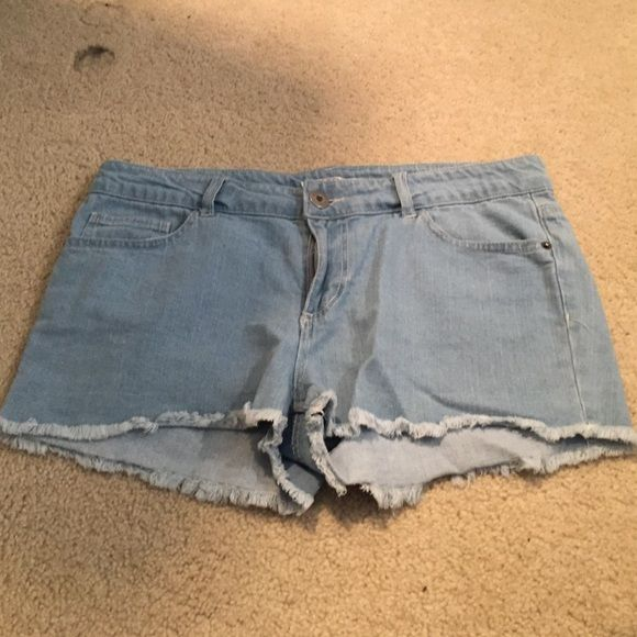 Light blue wash shorts Bought these for some reason and they are too roomy for me Forever 21 Shorts Jean Shorts