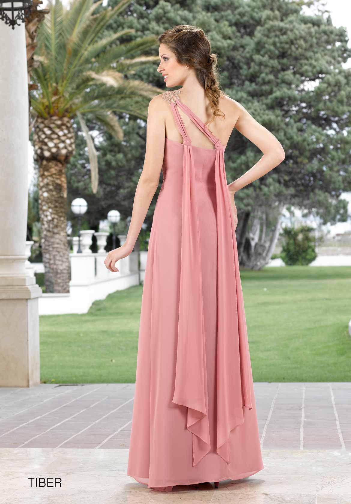 Toda la Colección Rosa Rueda 2016 en imágenes. Vestidos de fiesta y ...
