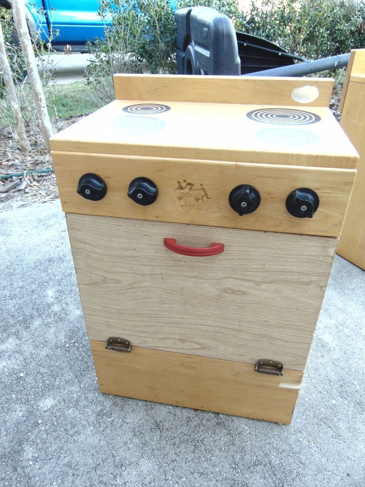 COMMUNITY PLAYTHINGS KITCHEN STOVE WOOD WOODEN PRETEND