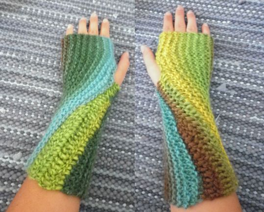 Swirl -gloves. Knitted&crocheted.