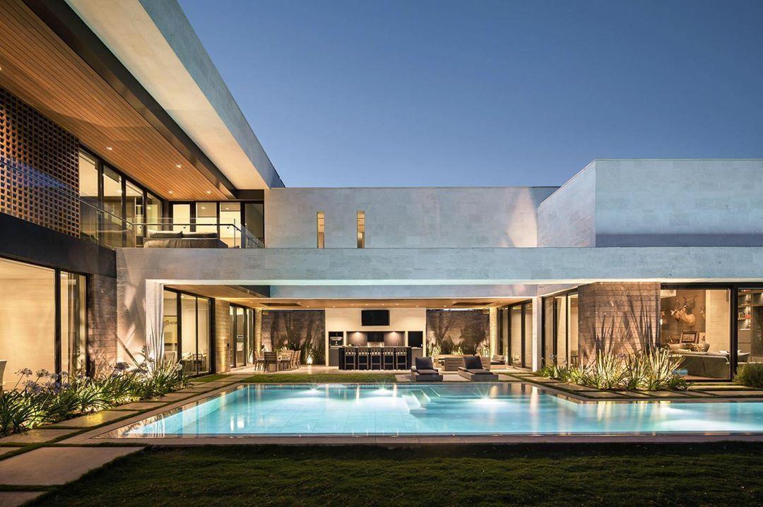 Bernardo Pozas On Instagram Casa Gl Photo By Mpkelley Facade House Modern House Facades House