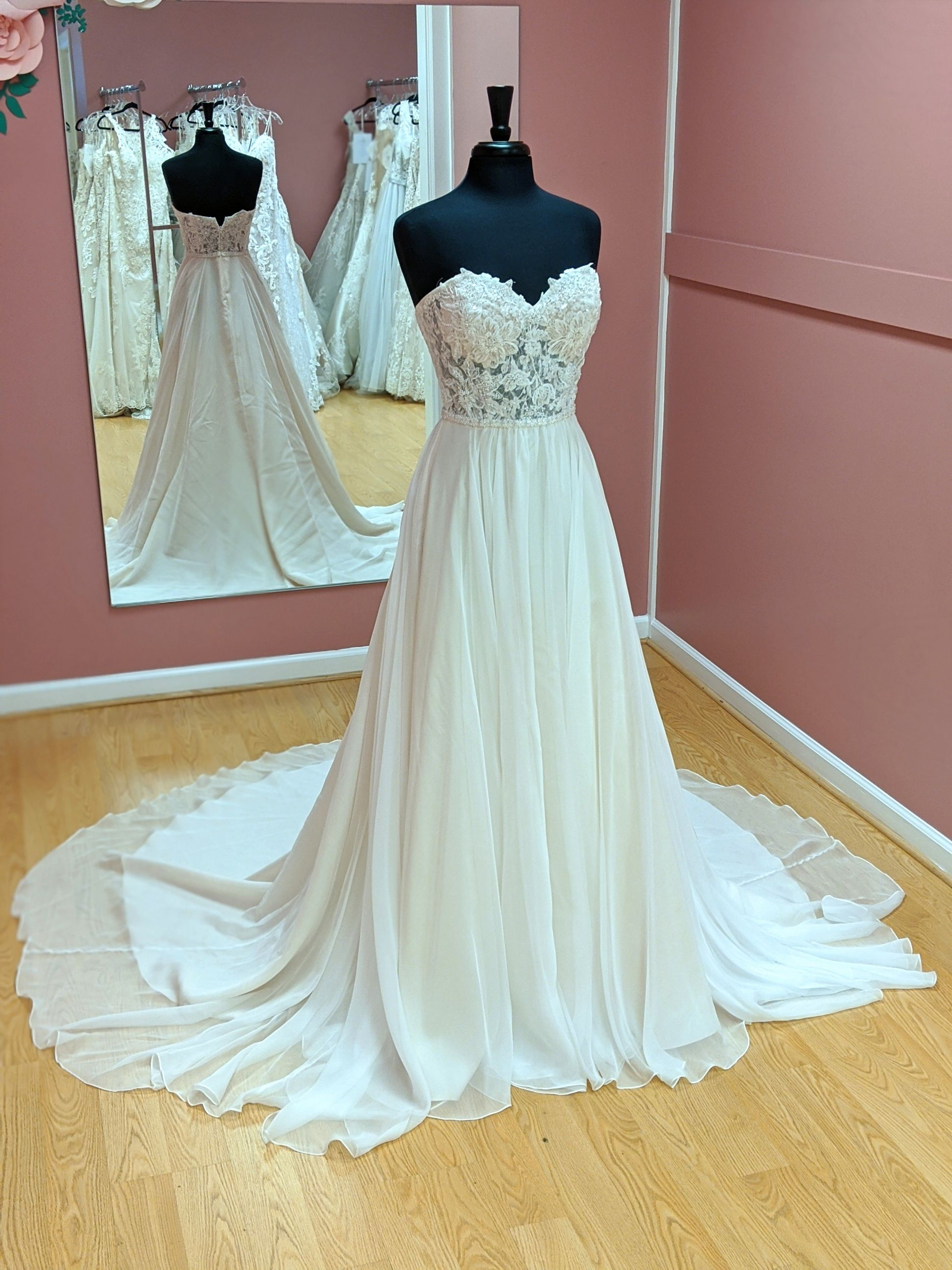 Size 10 In 2020 Most Beautiful Dresses Wedding Dress Shopping Bride,Mother Of The Groom Beach Wedding Dress