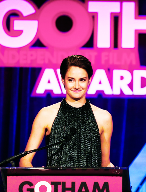 Shailene Woodley presenting at theAnnual Gotham Independent Film Awards (Dec. 2nd, 2013)