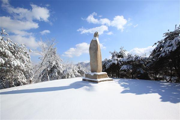 イエス様の岩(前山 信仰の山) - WolMyeongDong(キリスト教福音宣教会)