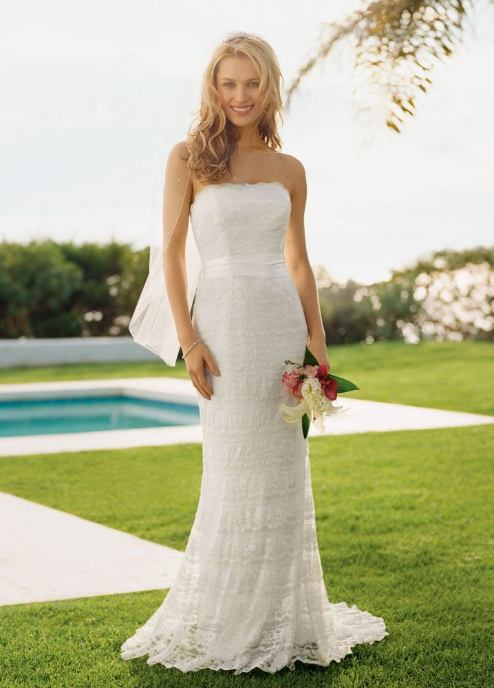 Elegant Sample Wedding Dress Beaded Lace Sheath with Godet Inserts Ivory