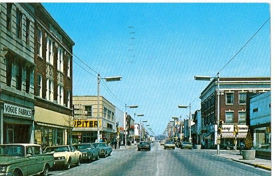 Downtown Kenosha Wi 1960s Kenosha Wisconsin Kenosha Street