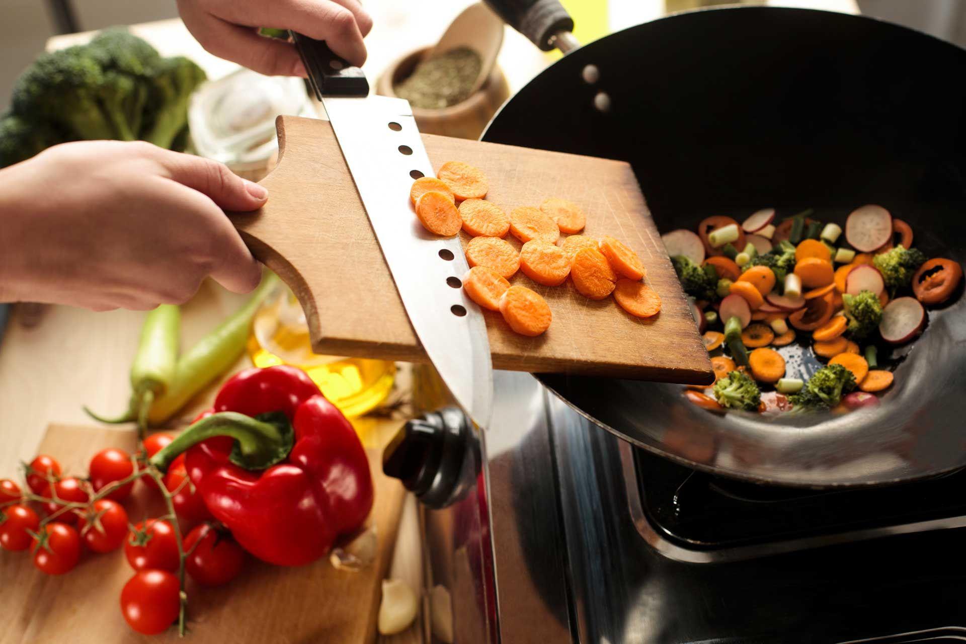 marathos: φρέσκα υλικά, αυθεντικές συνταγές, στην πόρτα σας με ένα click