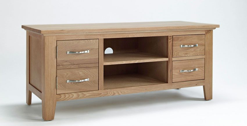 This well proportioned classic makes the perfect television and multi-media unit and is also ideal for neatly storing away your favourite CDs and DVDs. Reassuringly sturdy, this solidly constructed and tidy four-drawer cabinet is exclusively made from premium grade oak with oak veneers for a flawless finish. Only £270