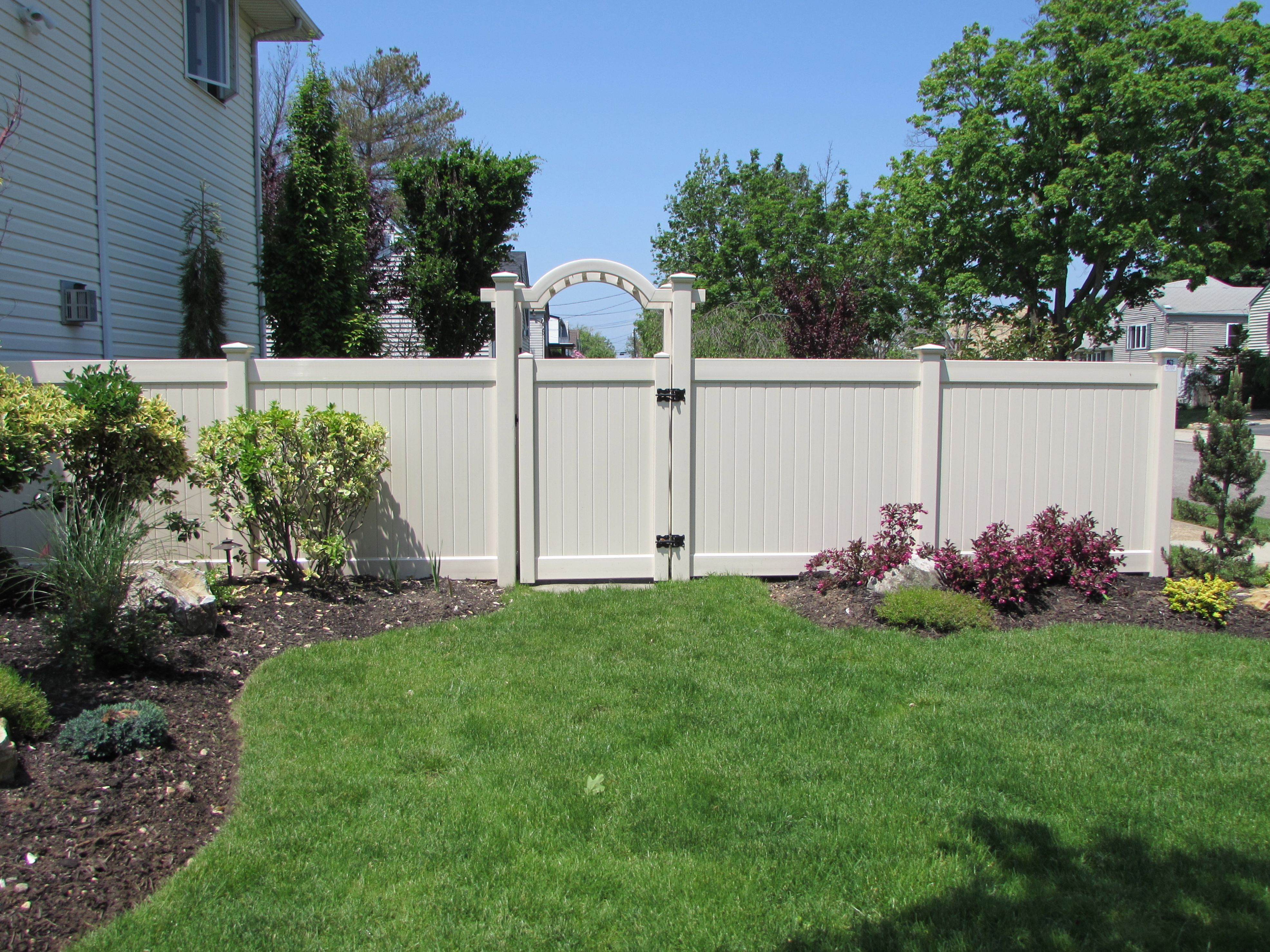 42 Wide Pvc Grand Arbor With 72 Infinity Solid Privacy Fence And Gate Fabricated Installed By Liberty Railing Double Virgin Vinyl