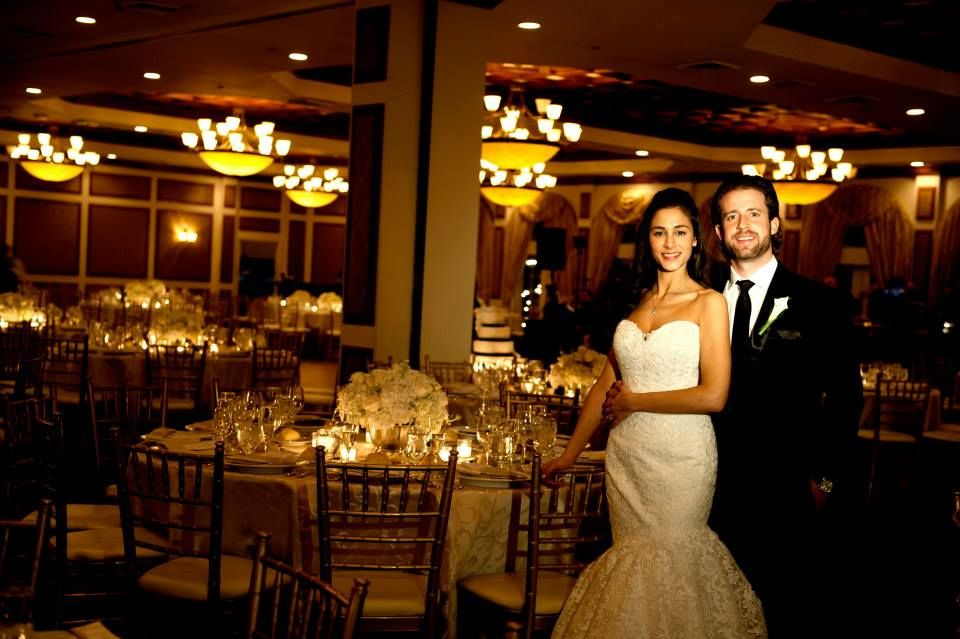 Hamlet Golf Country Club 1 Clubhouse Drive Commack Ny 11725 Call For Booking 631 499 5200 Sheath Wedding Dress Golf Country Clubs Wedding Dresses