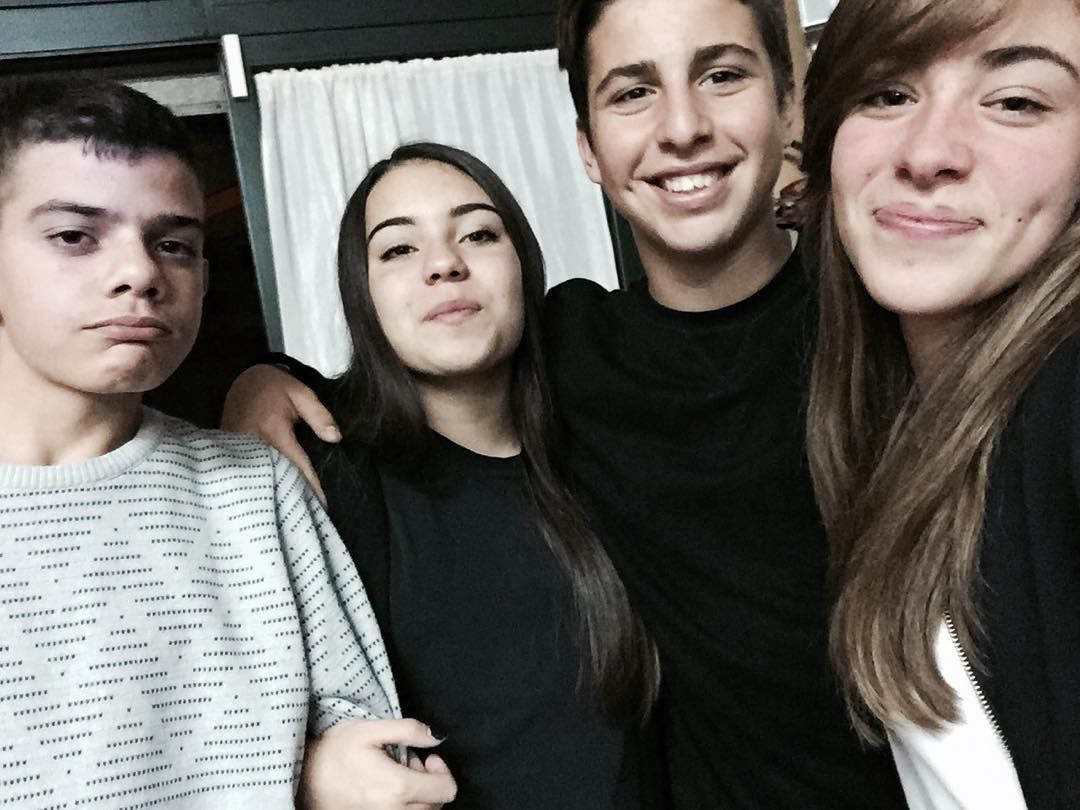 #sorrisoni #friends #cidivertiamoconpoco #siamosemprefelici #siamoboni #l4l #likeforlike #like4like #tagsforlikes by domiloprete